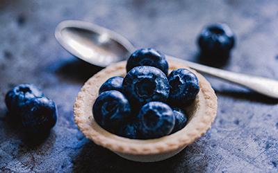 blue_berries_on_the_table