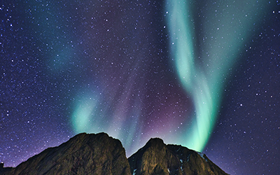 searching_for_the_blue_aurora_in_faroeislands