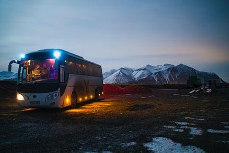 bus_tour_around_glaciers