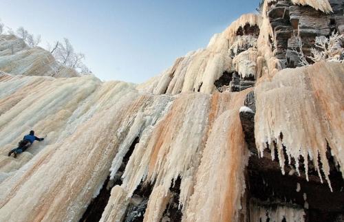 ice_climbing-1