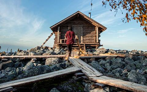 lappish_cottage_in_the_nature