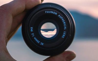 best_camera_lense_to_capture_aurora