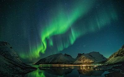 aurora_borealis_lofoten_islands_norway