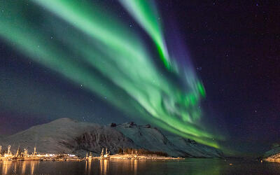mountain_view_to_the_northernlights