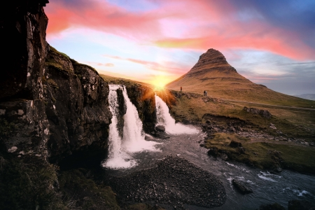 Top 7 Activities to Enjoy During an Autumn Iceland Vacation